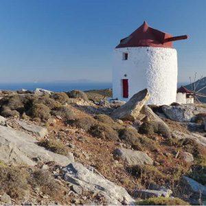 Les anciens moulins de Chora à Amorgos