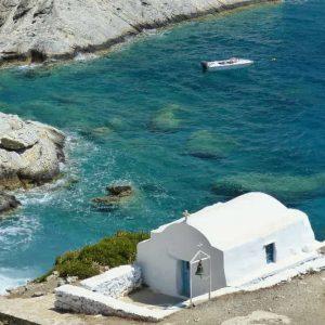 Chapelle Agia Anna près du monastère de Panagia Chozoviotissa à Amorgos