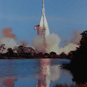 Image d'un lancement d'Ariane au Centre Spatial de Kourou
