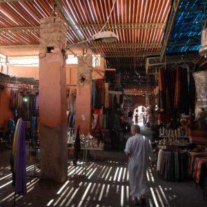 Marrakech - Ruelle dans un souk