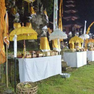 Bali - Yehsanih - La célébration du métal - Offrandes