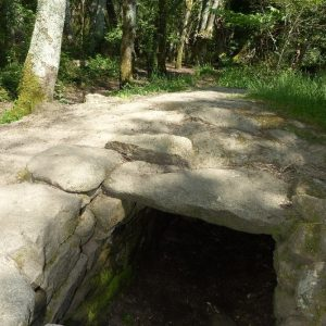 La Cache de Cadoudal dans la presqu'île de la Forest à Locoal-Mendon