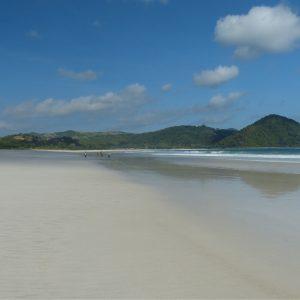 La plage de Pantai Mawun près de Kuta Lombok