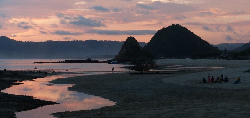 Coucher de soleil sur la plage de Kuta Lombok