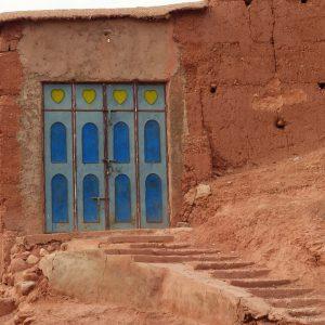 Village traditionnel berbère dans la vallée des Roses