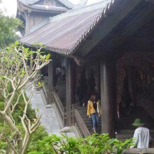 Le Temple de Bai Dinh près de Tam Coc