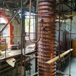Colonnes à distiller créoles en cuivre
